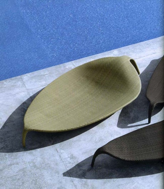 Outdoor-wicker-chaise-lounge-Leaf-by-Dedon-4-554x640