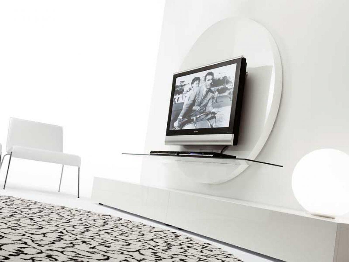 Opmerkelijke ronde TV meubelen uit Italië