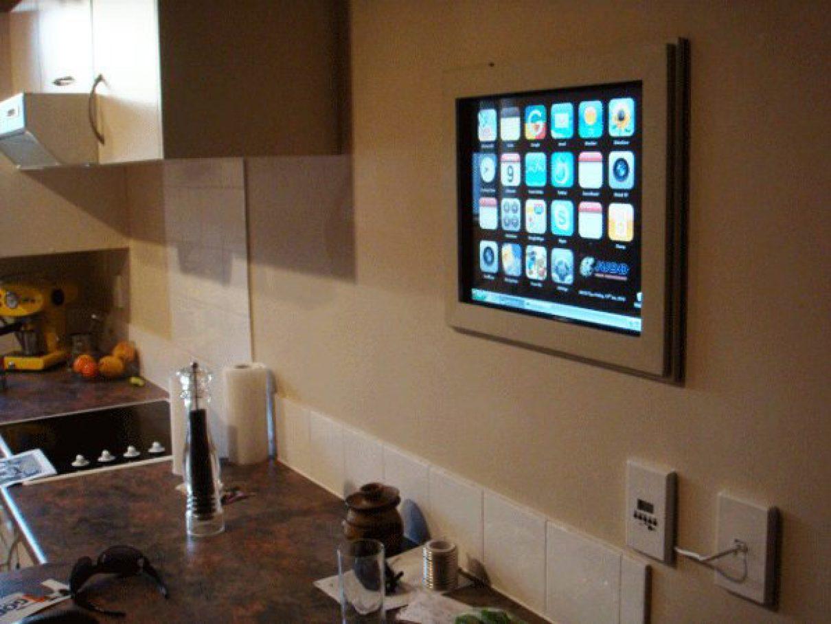 Touchscreen computer voor in de keuken