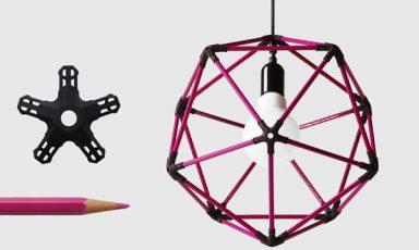 Wiskundige lamp met kleurpotloden