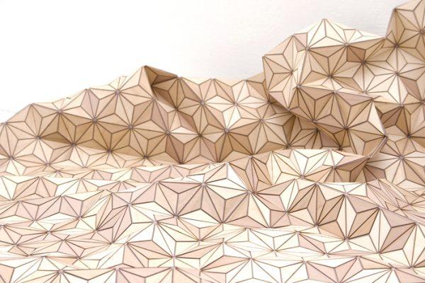 Houten kleed Elisa Strozyk details stof wooden textiles