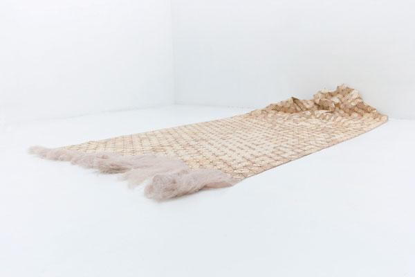 Houten karpet van de Duitse Elisa Strozyk