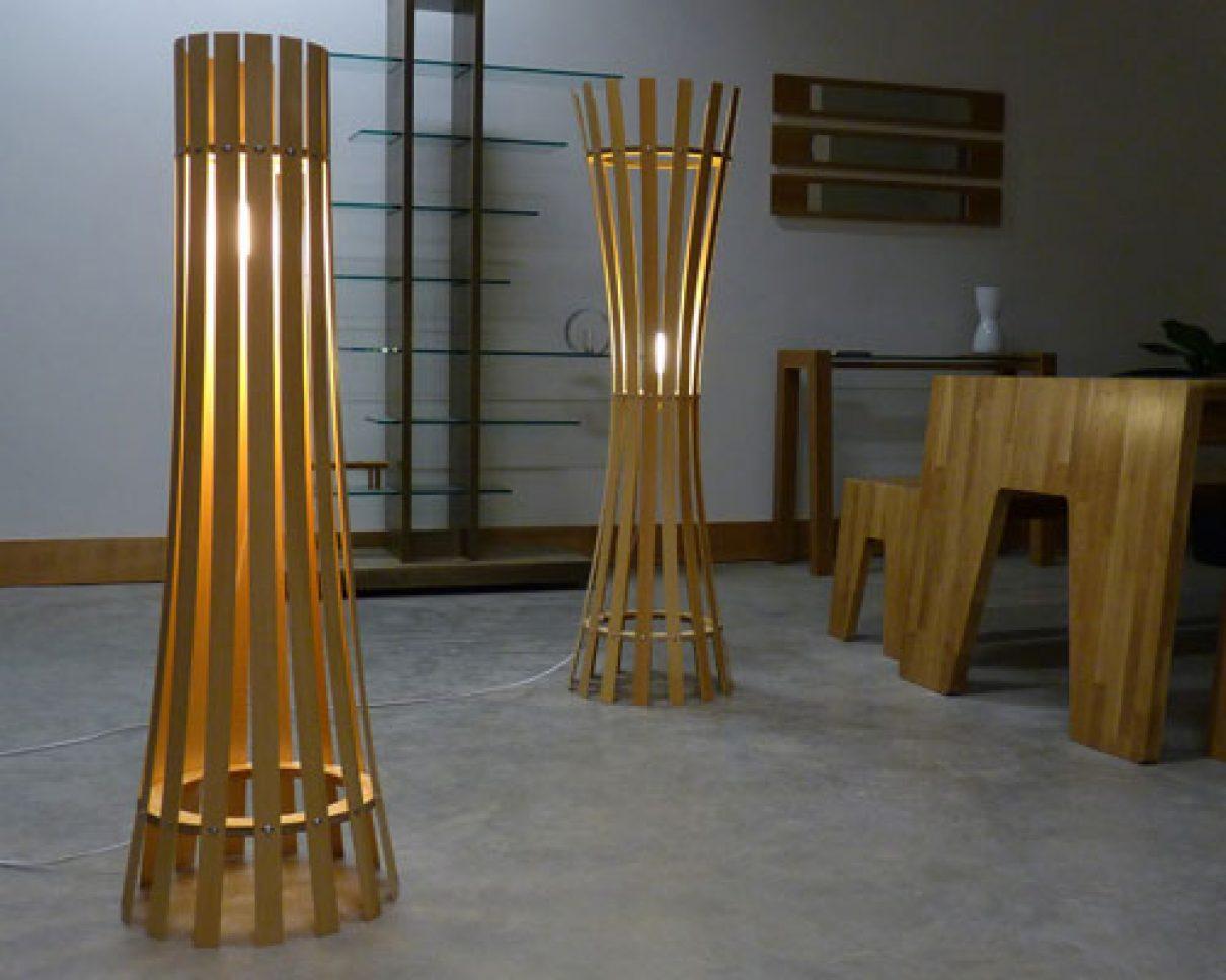 Cilindervormige lamp creëert prachtige lichtstralen en schaduwen