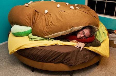 Hamburger bed rond slaapkamer tieners humor