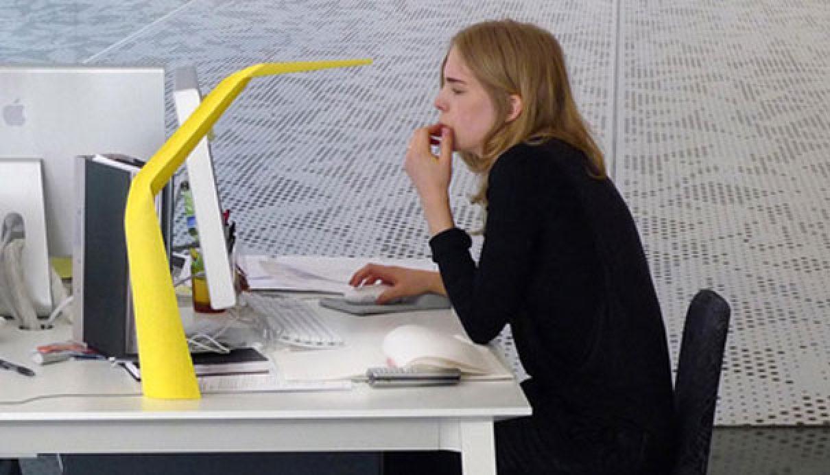 Papieren bureaulamp