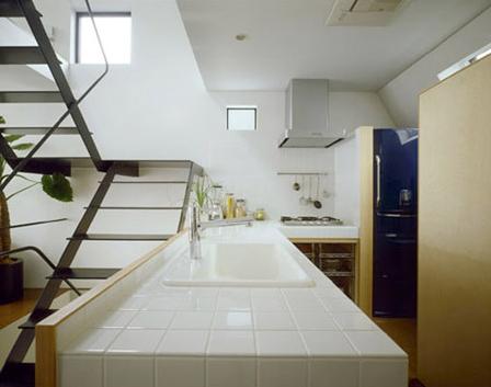 Driehoekshuis Kawasaki Japan keuken