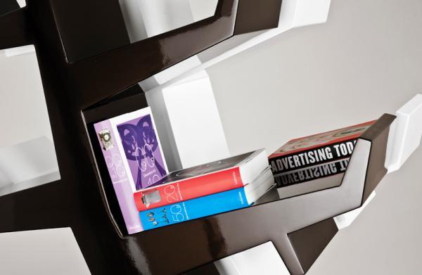 Wintertree boekenkast in de vorm van een boom van Twentyfirst