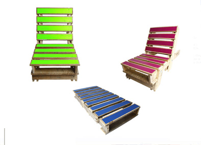 Fold out pallets chair