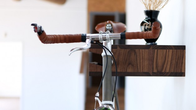 Bike shelf boekenplank en fietsenrek