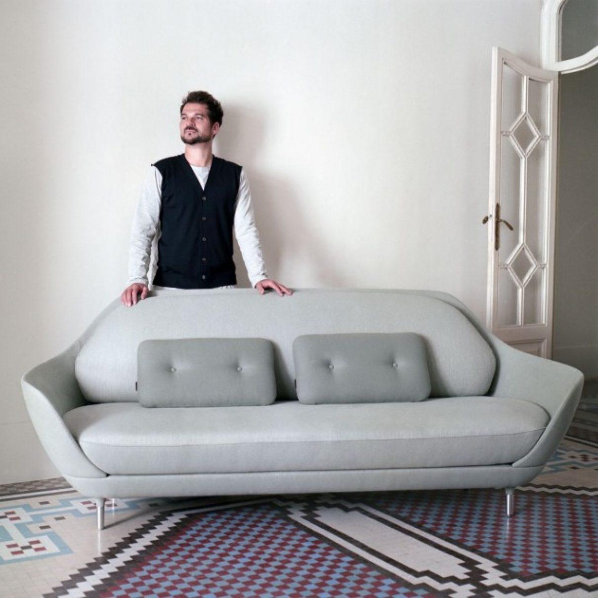 FAVN Sofa van Jaime Hayon voor Fritz Hansen