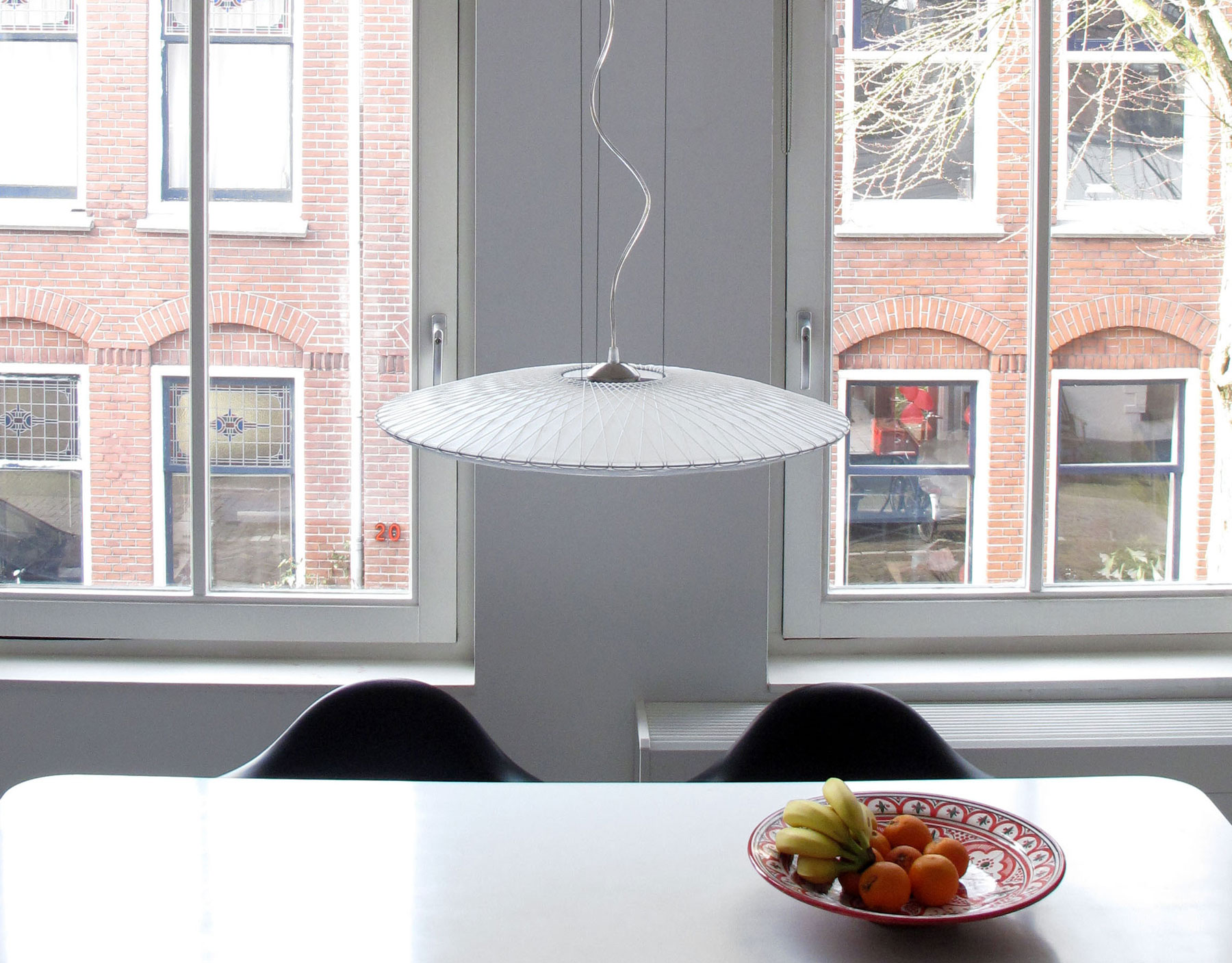 Disque lamp van Marc Th. van der Voorn