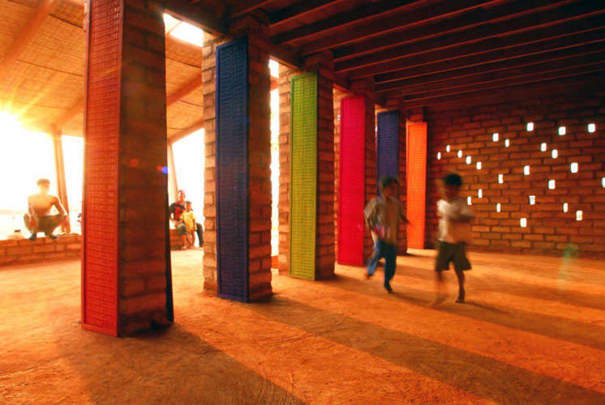 Kleurrijk werk door Finse architecten in Cambodja