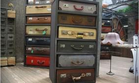 Ladenkast-van-koffers-james-plumb
