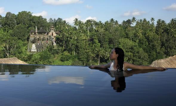 ubud-hanging-gardens-zwembad
