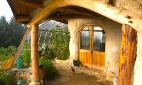 goedkoop-te-bouwen-hobbit-huis