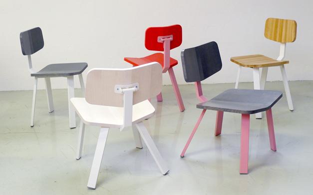 Schooltafels en schoolstoelen van Ineke Hans