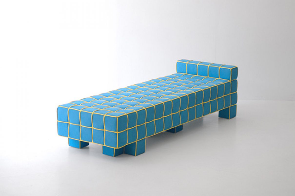 Verbind de stipjes sofa
