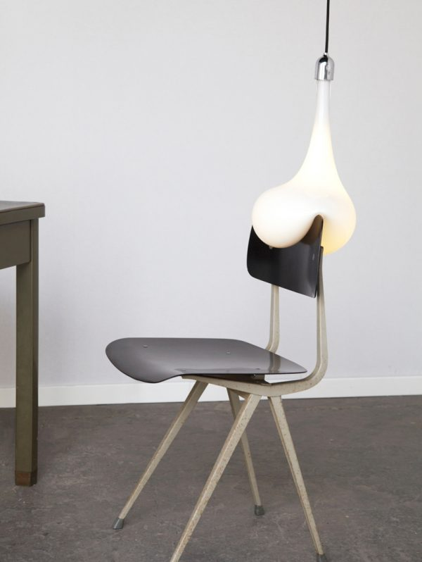 Light blubs van pieke bergmans gimmii shop magazine for Dutch design stoel