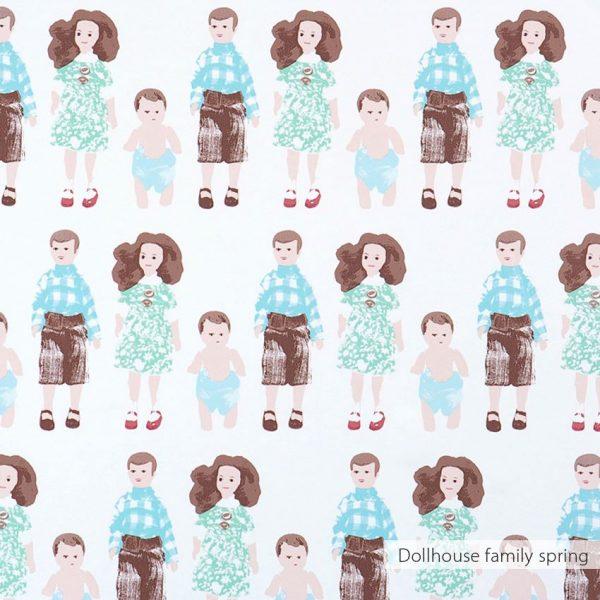 Behang dollhouse family kleur spring van Studio Ditte en BNWallcoverings