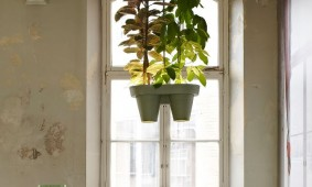 Botanic Bucket Light van Roderick Vos
