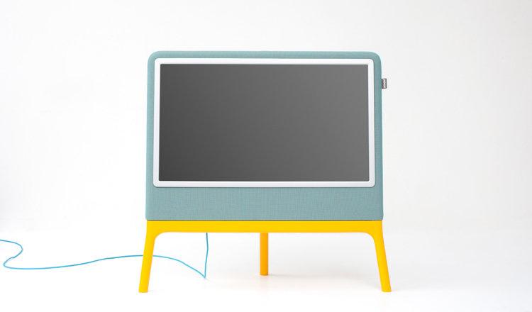 Smool Homedia tv Robert Bronwasser in blauw en geel