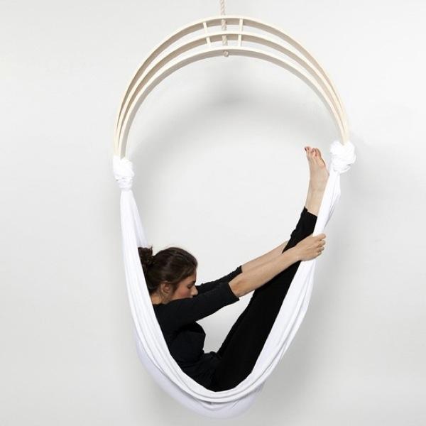 Zen circus yoga stoel van Caroline Kermarrec, Alexia Moisan & Kevin Geffroy