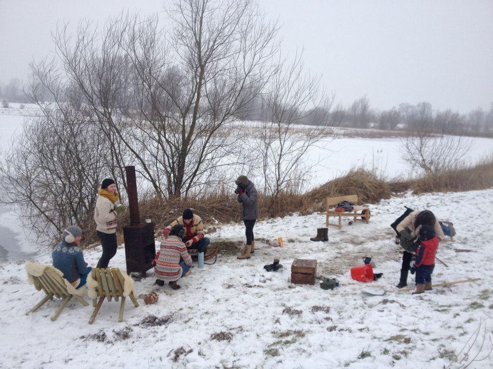 Fieldchair van Weltevree in de sneeuw