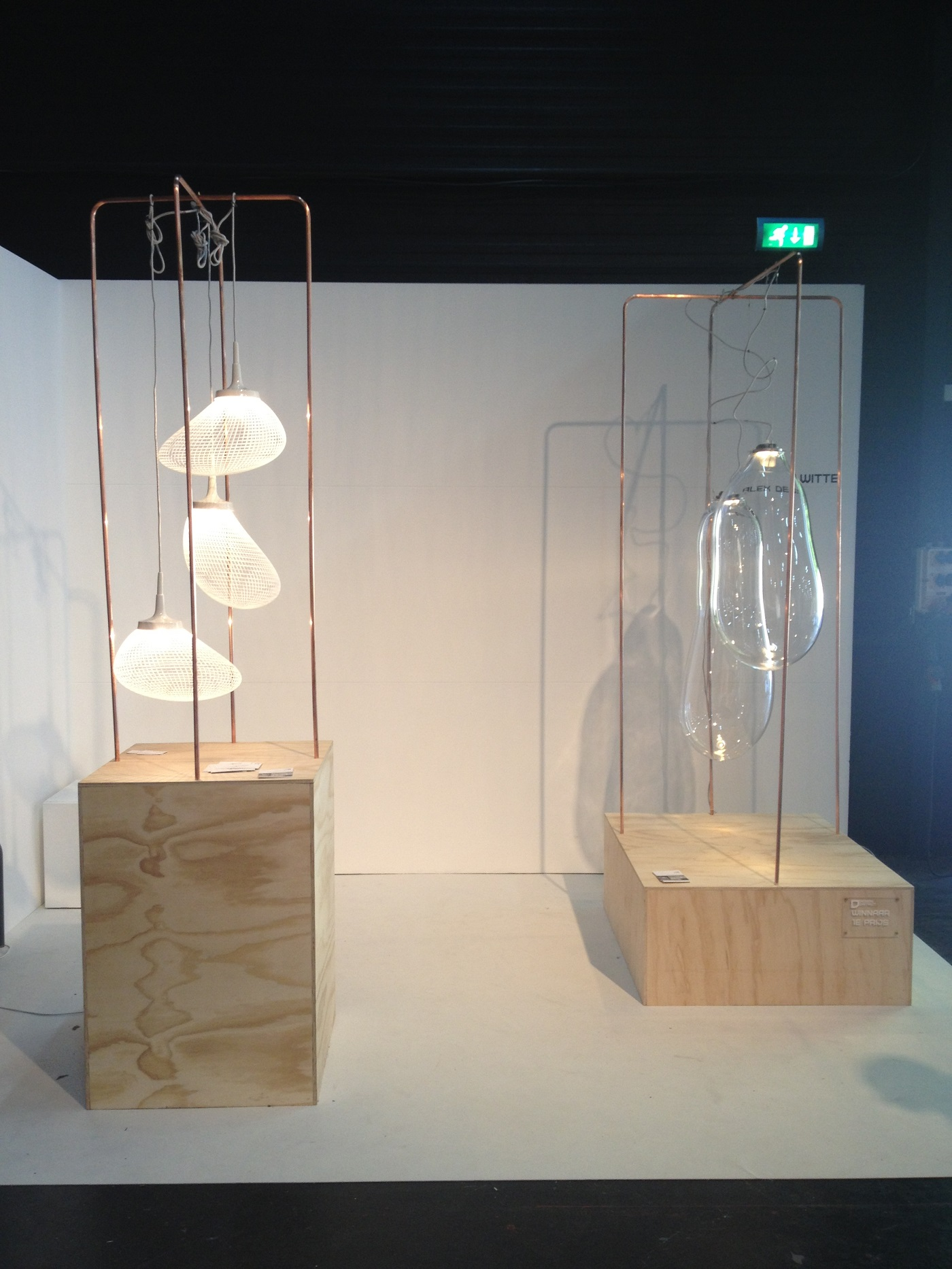 Expositie Design District lampen Light Breeze en The Big Bubble van Alex de Witte