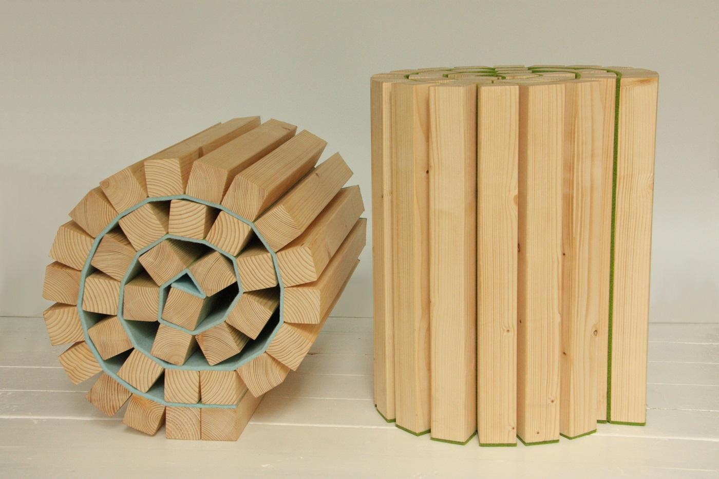 Kruk Taboeretka van Kuiken Design combineert vilt met vurenhout