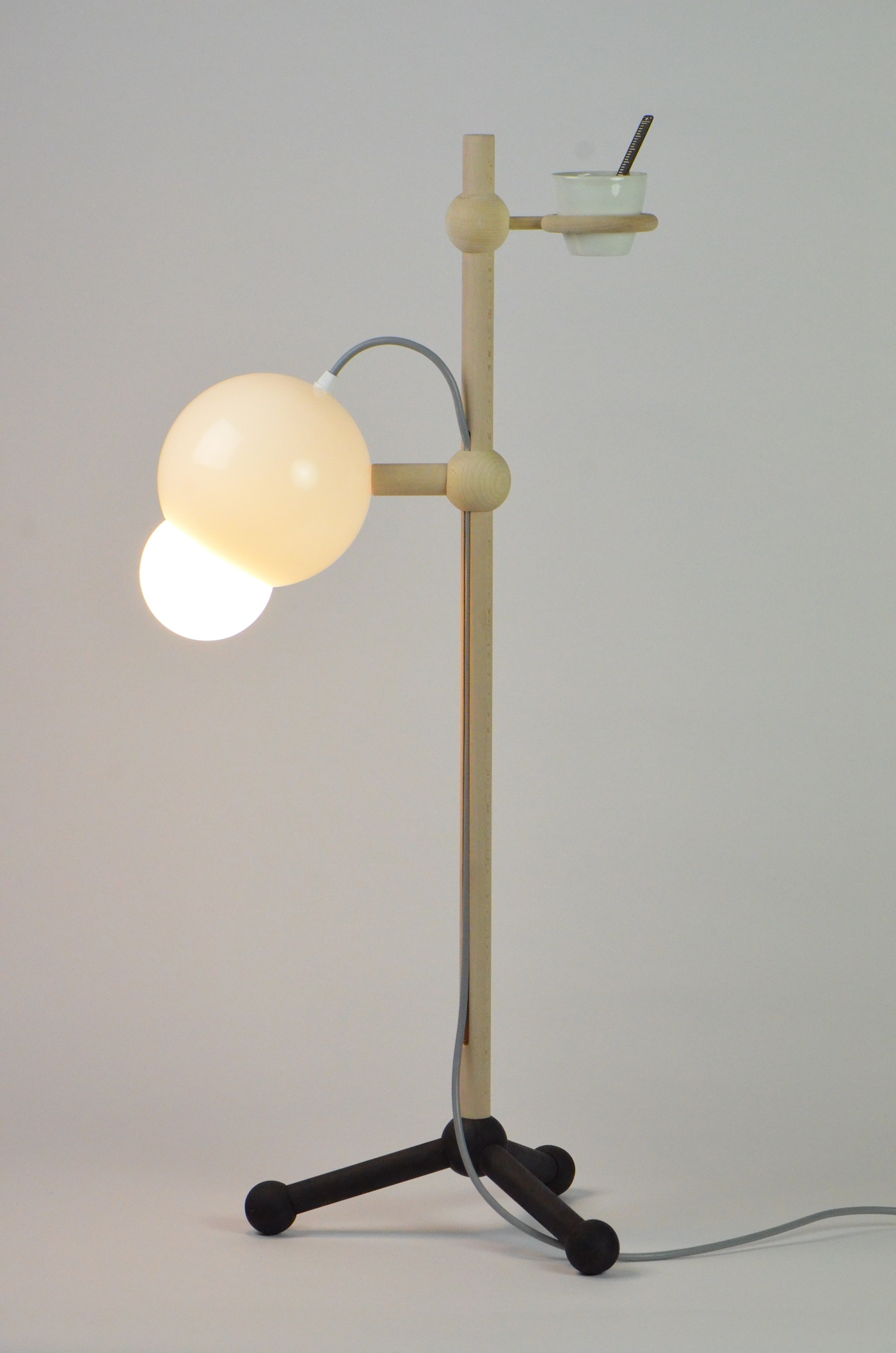 Lamp Lablight 01 van Burojet uit Home Lab collectie