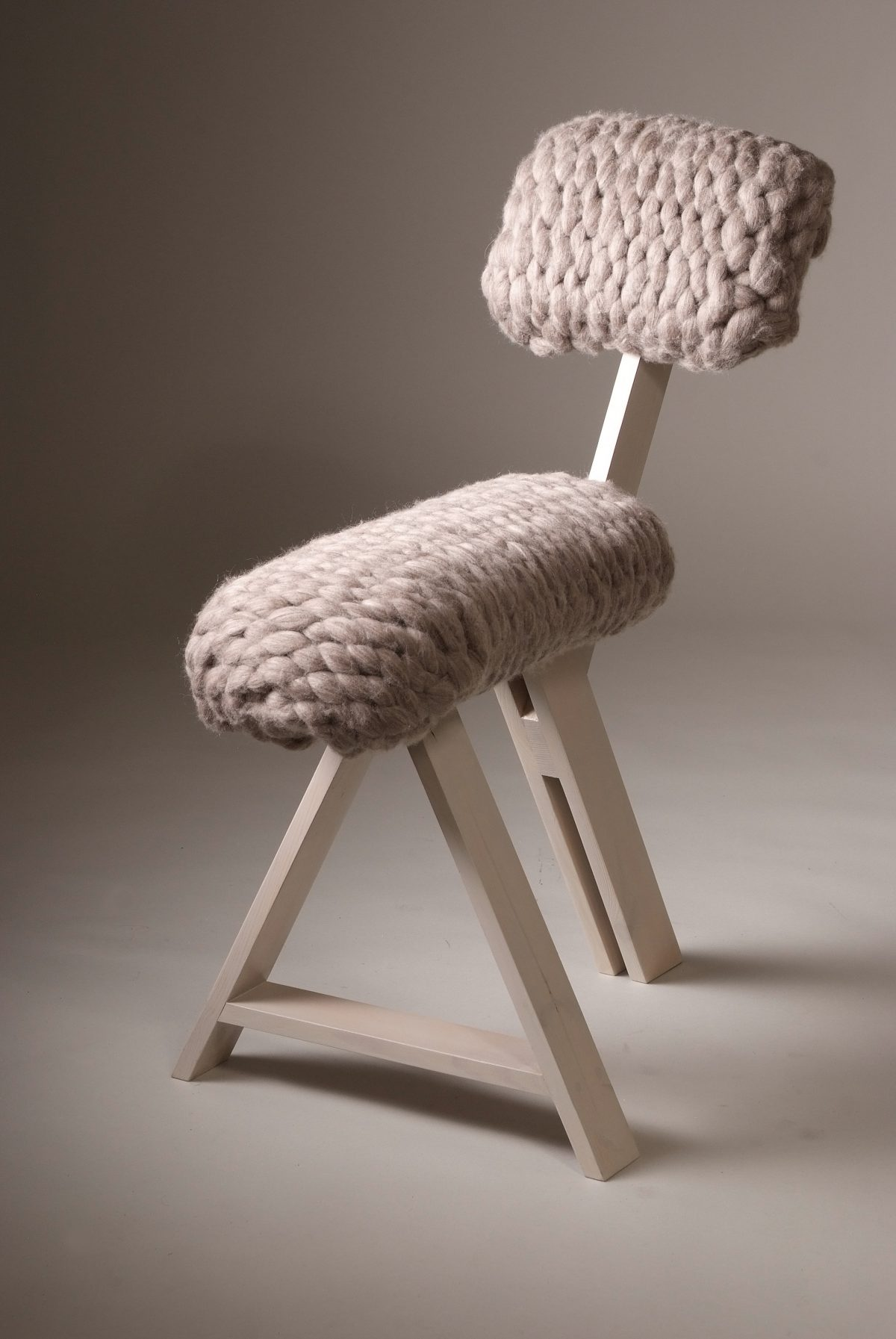 Sheep Chair grijs – Jolanda van Goor