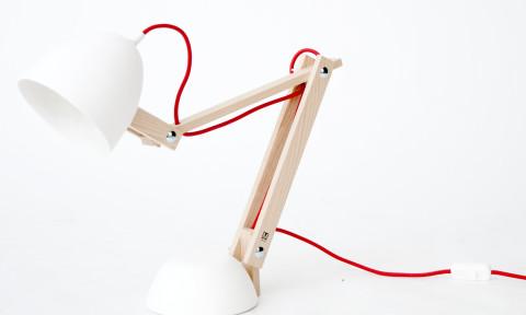 Tafellamp wit Helmut-M.OSS design