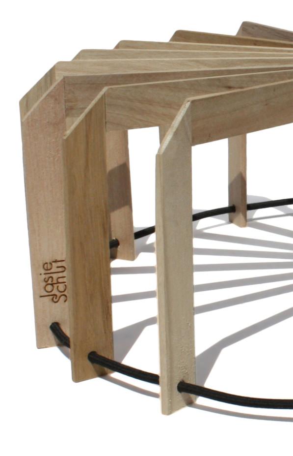 Fruitschaal SCALE detail 02 hout - Josje Schut