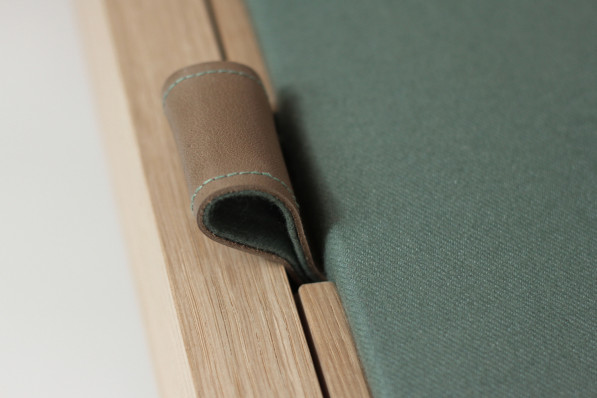 NAiF eikenhouten meubels