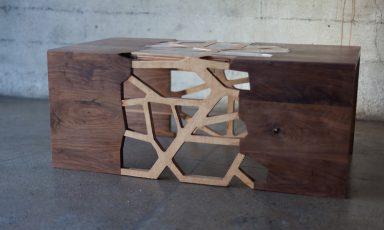Vertakkende tafel van walnoot en bamboe
