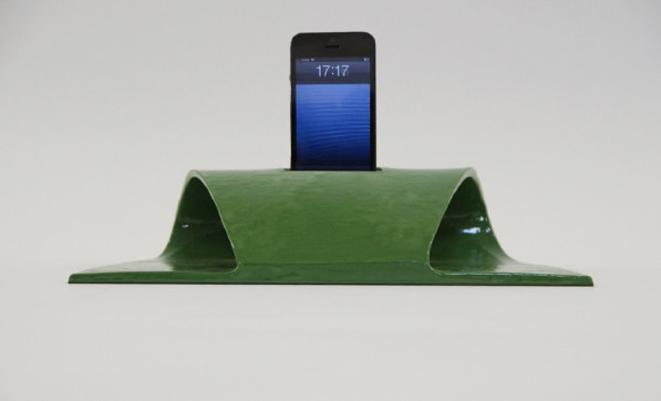 Ljud iPhone speaker - Davide Conti design studio.jpg