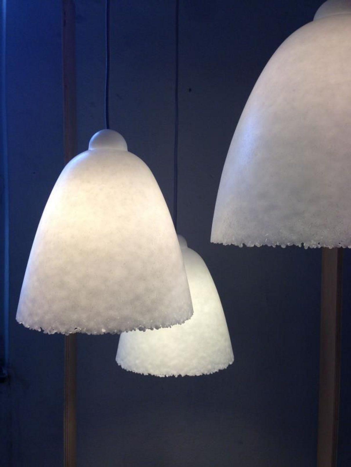 Gepatenteerde hanglamp mooi als sneeuw