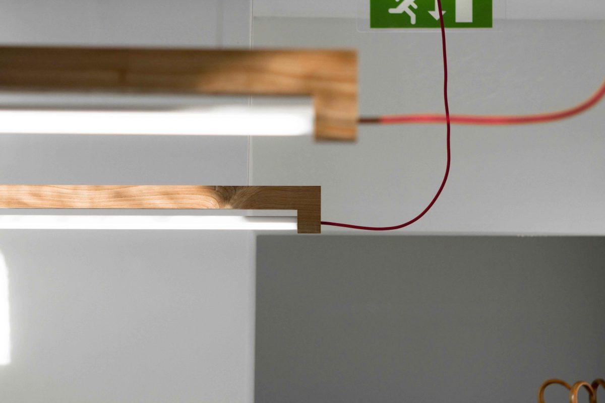 Ninebyfour-LED-tl-lamp