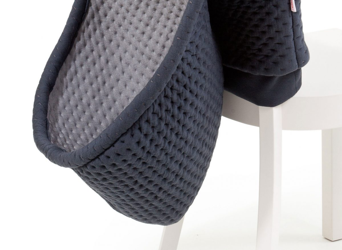 Chair Wear Hoodini antraciet stoelcover met capuchon