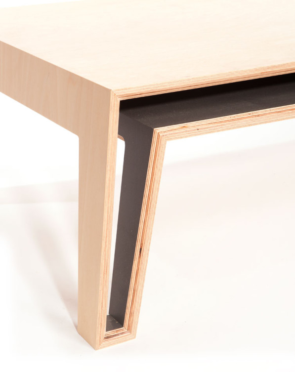 Offset salontafel essen fineer detail poot