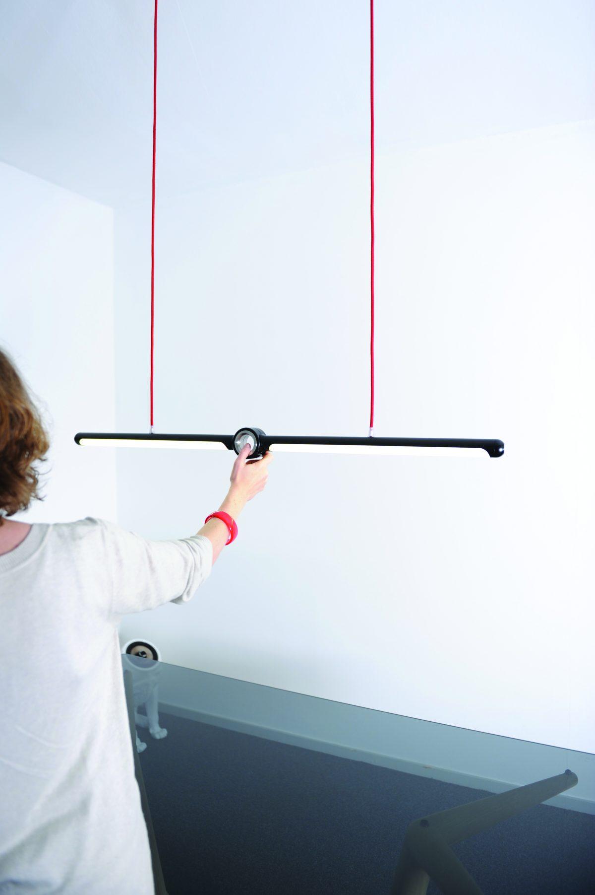 Sander Mulder hanglamp Cyclops aan