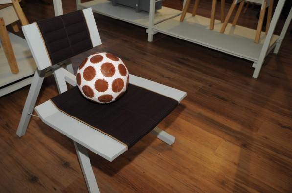Chair2011 van Lindeman en Wouter Scheublin_Gimmii_Milaan