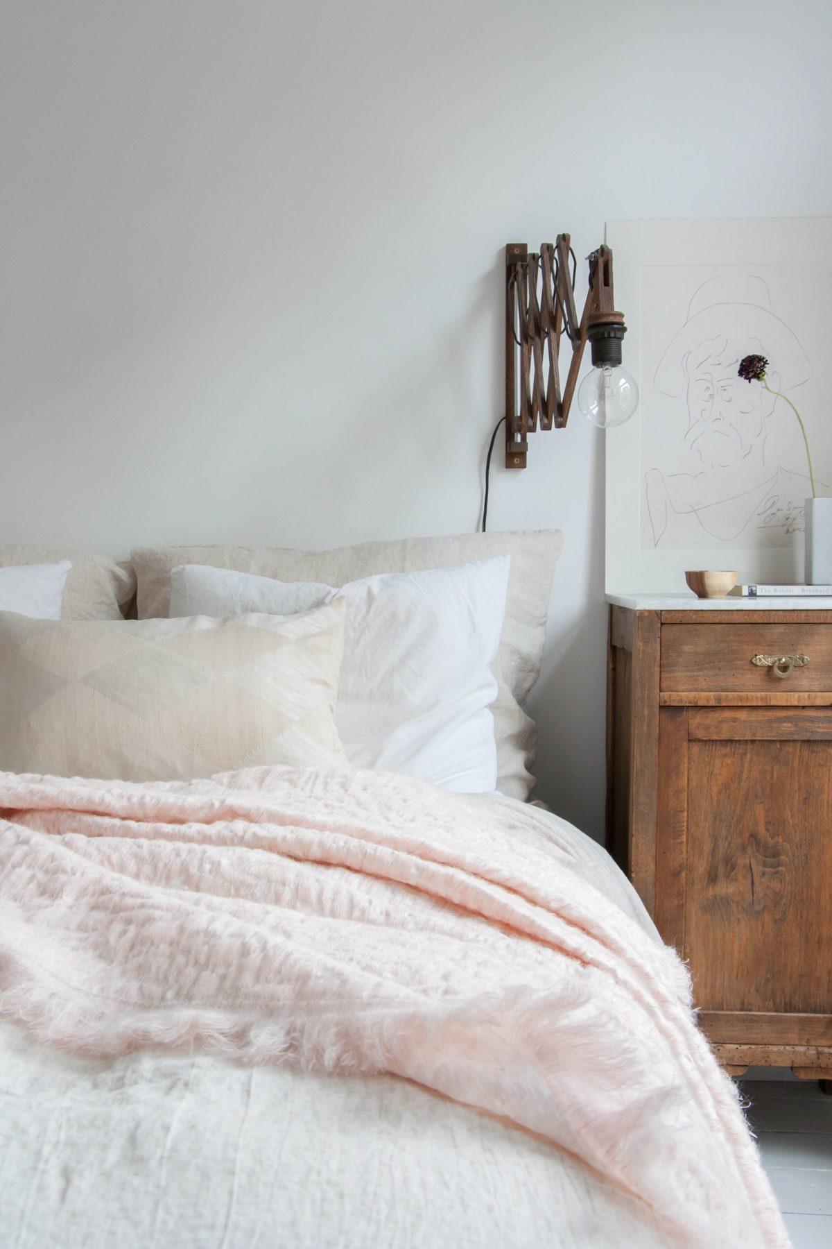 Hide deken roze Nienke Hoogvliet slaapkamer-foto Holy Marder