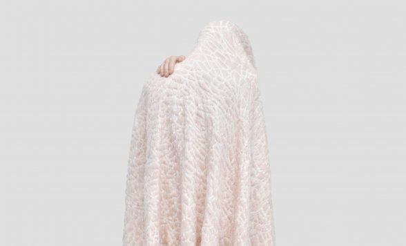 Hide deken roze