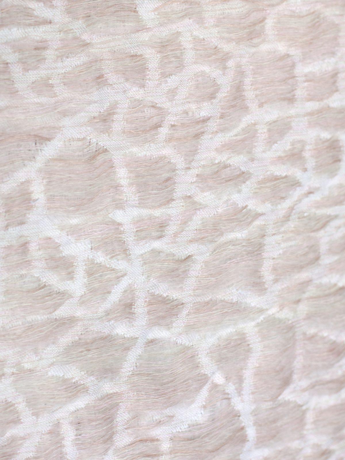 Hide deken roze van Nienke Hoogvliet