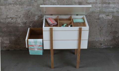 My Granny Cabinet I van Jolanda van Goor