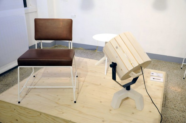 Hensen_lounge_chair_leather_Barrel_lamp_New_Duivendrecht_foto_Gimmii