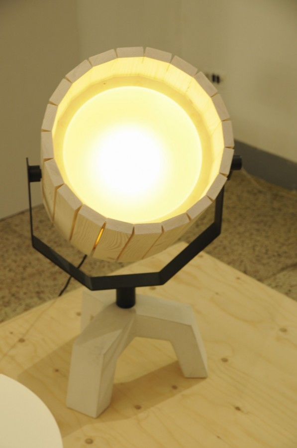 Barrel_lamp_New_Duivendrecht
