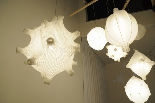 Hanglampen-Radiolaria_Bernotat_Co_foto_Gimmii