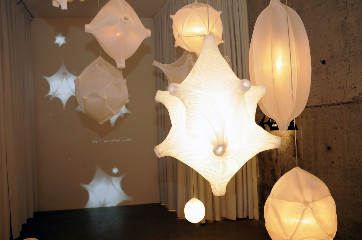 Lampen radiolaria, bernotat & co van 3d textiel i gimmii